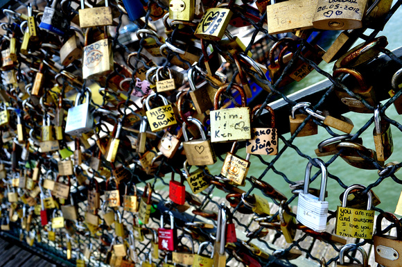 Gwen Dubeau Photography: Poetic Paris &emdash; Love in Locks